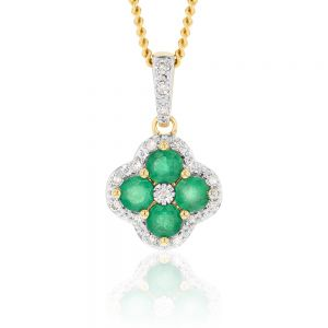 9ct Natural Emerald and 0.10ct Diamond 4 Leaf Clover Pendant